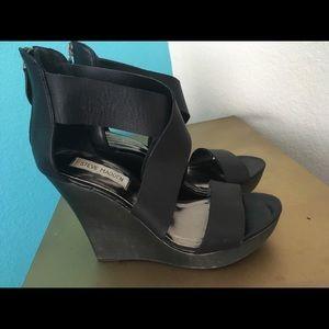 Steve Madden Black platforms Wedge Size 8